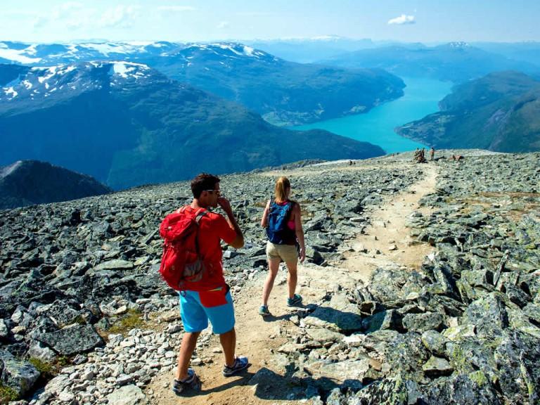 Hiking/ Skåla  © Sverre Hjørnevik / www.fjordnorway.com